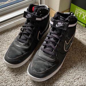 Black Nike Hightops (Men's)